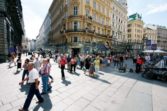 Walk21-Vienna_Pedestrian-zone_Stephansplatz-Wien_C_City-of-Vienna_MA18